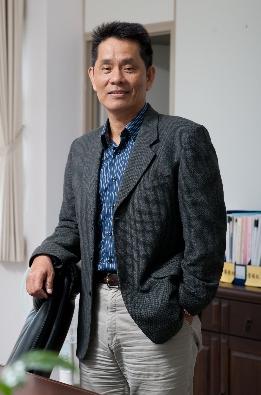 徐輝明.png