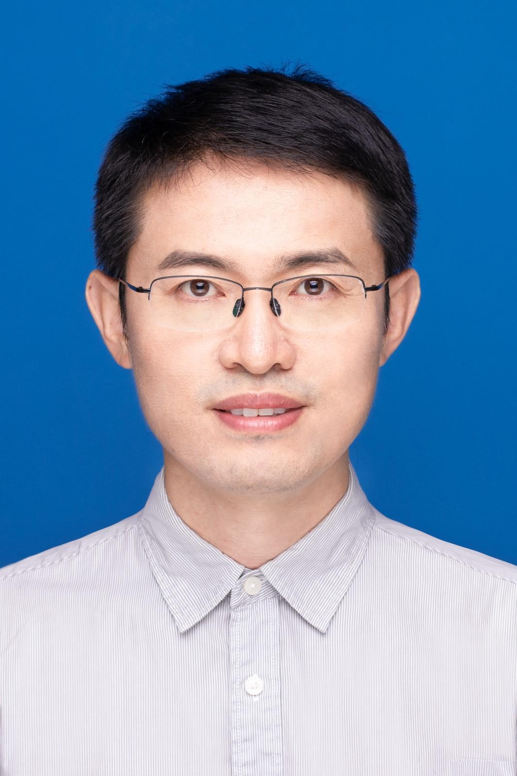 扬州大学 刘海亮.jpg
