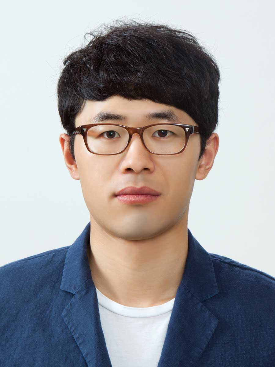 Prof. Xiangzhou.png