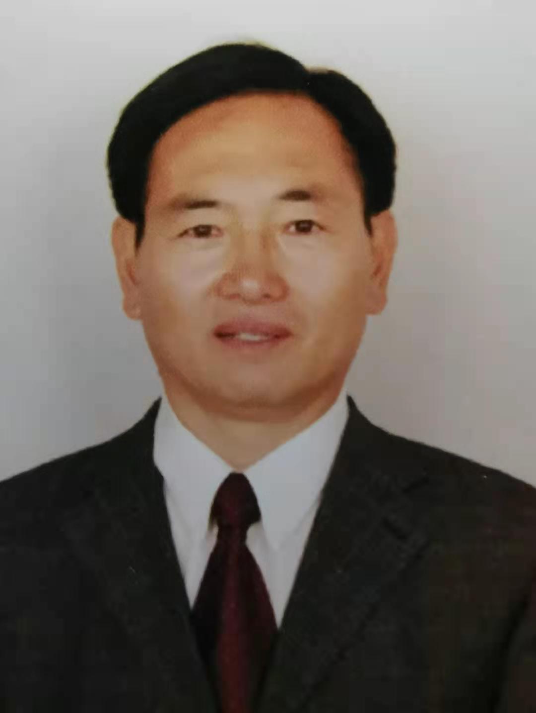 Dong Cheng.jpg