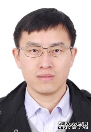 Yanjun Zhang.jpg