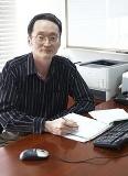 Prof. Steven Guan.jpg